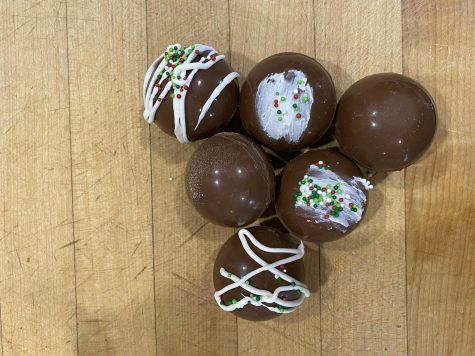Hot Chocolate Bombs: A Trendy Wintertime Treat