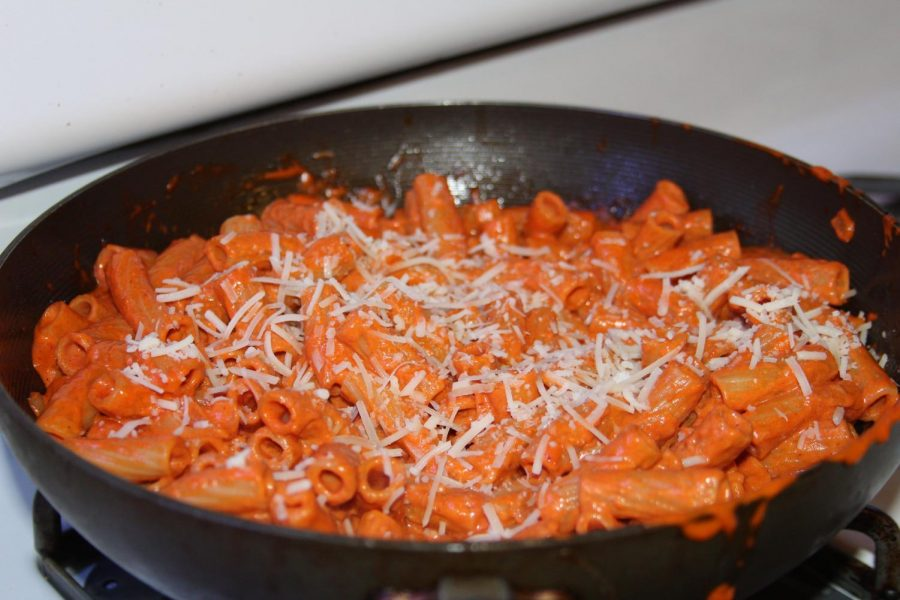 Hadid's recipe ends as red-orange creamy sauce that gracefully sticks to the cooked pasta.